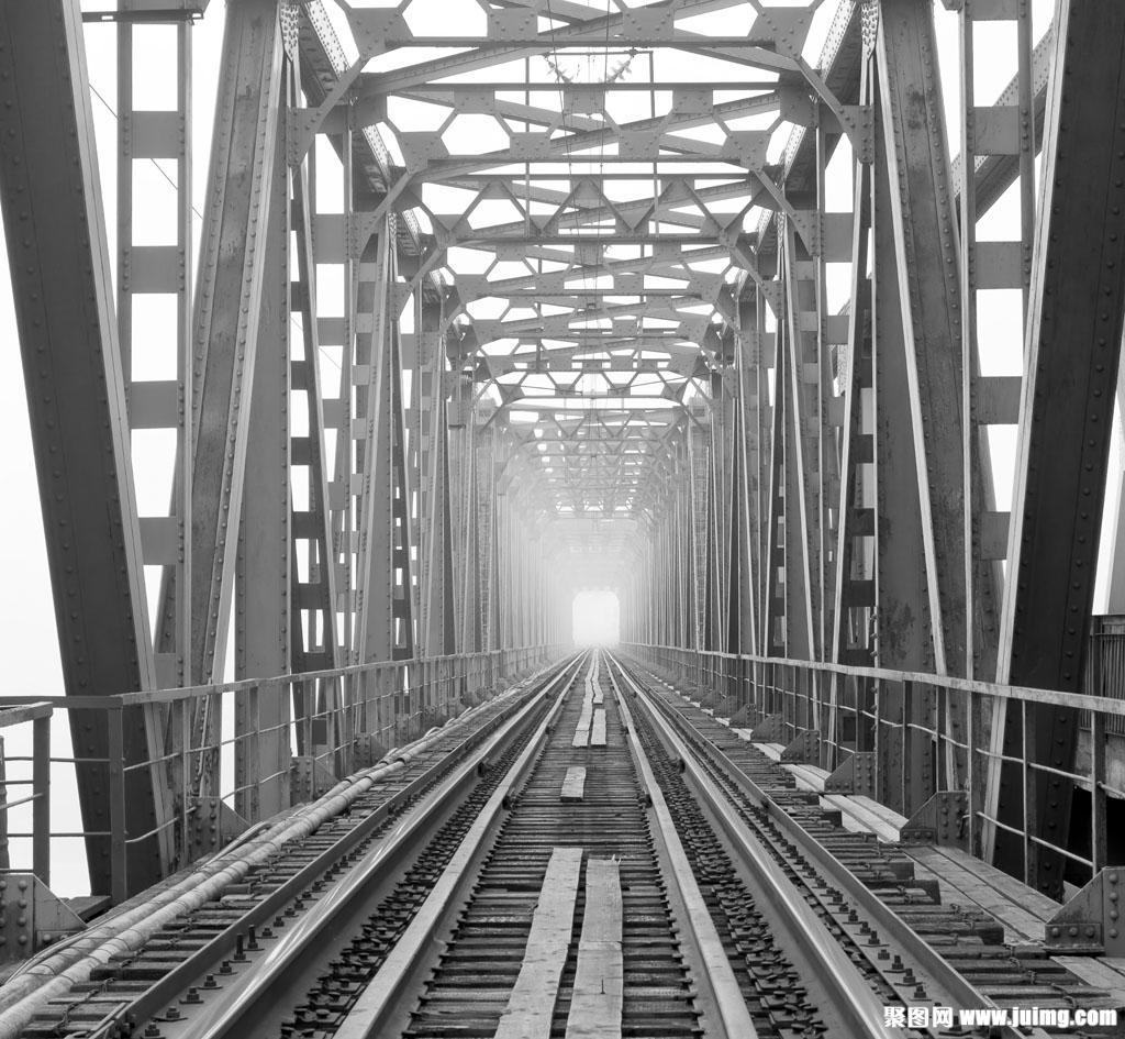 铁路钢桥防腐涂料配套体系