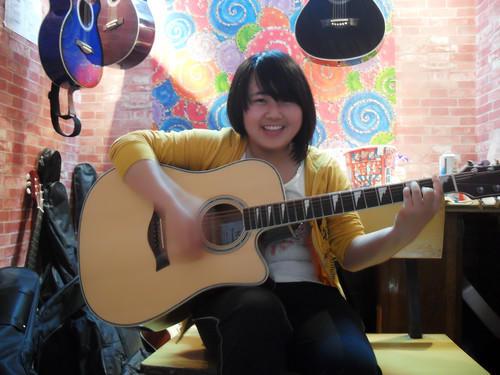 吉他培训女性学员风采