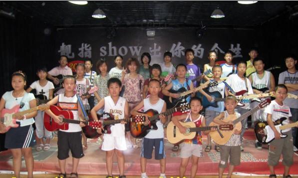 天津吉他培训学员