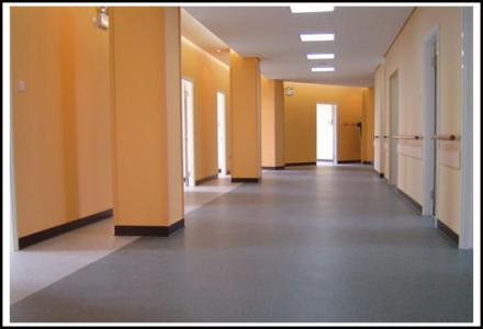 天津塑胶地板供应厂家