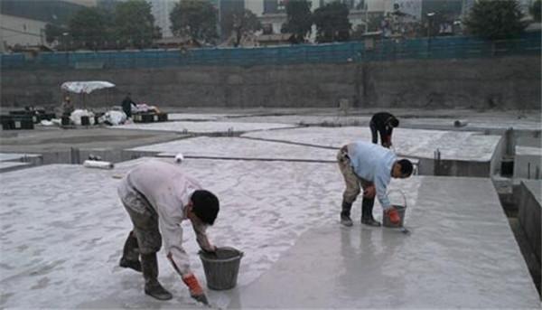天津施工队工作照