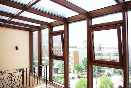 别墅装修选择铝包木门窗有哪些要点?