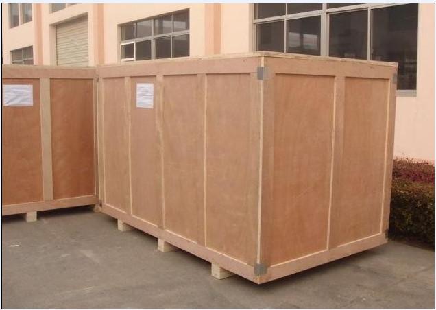 木箱装箱...
