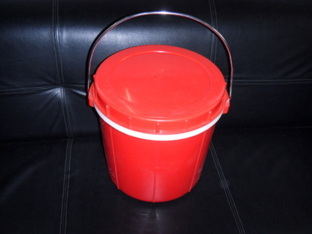 普通保温桶