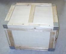 金属包边木箱
