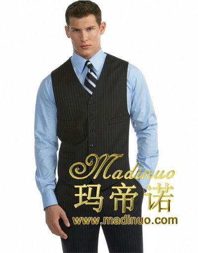 時尚男職業裝